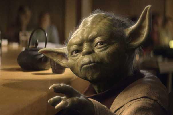 Yoda se expresa usando el hipérbaton